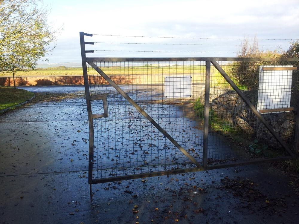 gate-before